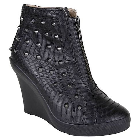 UES snakeskin boots