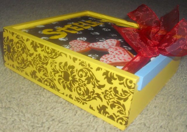 Valentine's Day card box