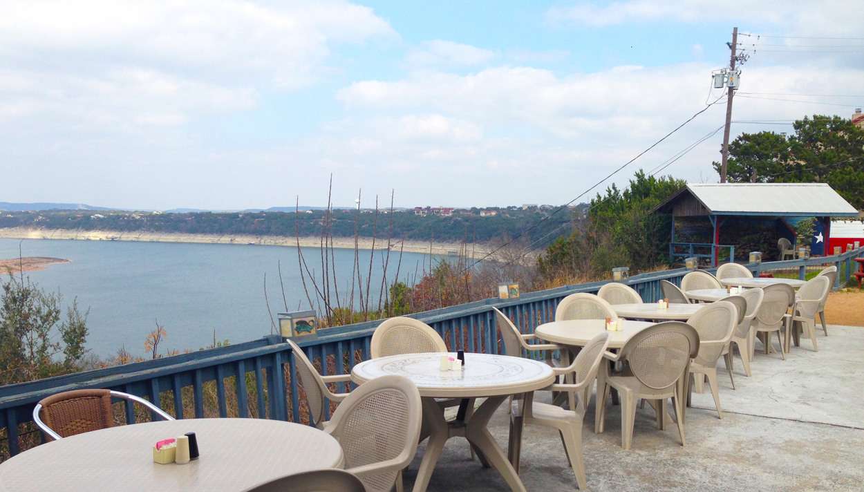 Lake Travis Lifestyle Post: 6 Best Patios in Lake Travis